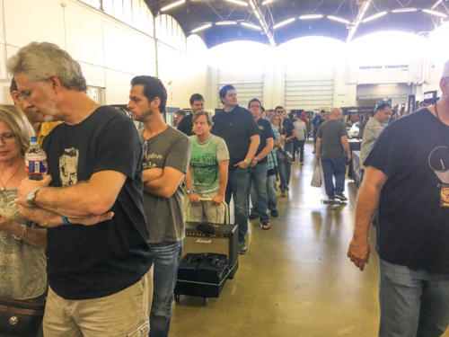 people lined up to see Ted Nugent