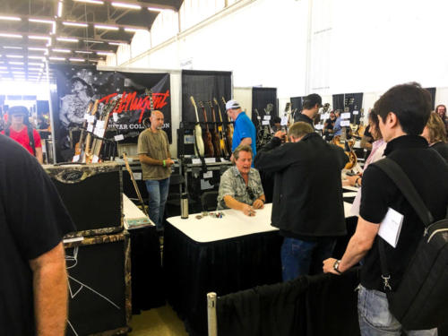 Ted Nugent mingling at the guitar show
